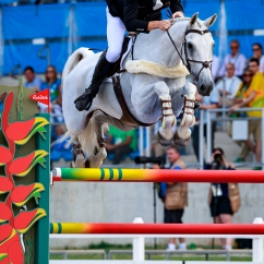 NZL-Clarke Johnstone rides Balmoral Sensation during the Individual Jumping Final for the Equestrian Eventing (Final-6th). Rio 2016 Olympic Games, Centro Olímpico de Hipismo, Rio de Janeiro, Brazil. Tuesday 9 August. Copyright photo: Libby Law Photography